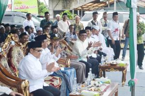KH. Aqil Siraj Resmikan Gedung NU Kabupaten Kayong Utaradsdsda