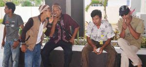 ujang tampoy naik uto kku kalbar  indonesia film indie lokal kayong utara iuhugu