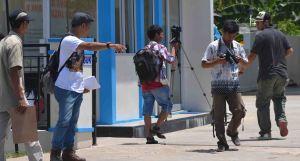 ujang tampoy naik uto kku kalbar  indonesia film indie lokal kayong utara yt]