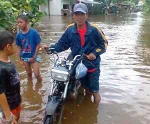 Banjir Sungai Sambas NP KKU Kalbar