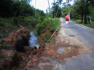 Jalan Tanjung Pura Sukadana Rusak, Warta Kayong Kalbar