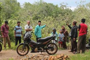 Serah Terima tanah, lebih 100 Hektar Untuk PONPES Ahluddunya…!a