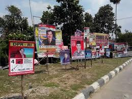 atribut kampanye pemilu