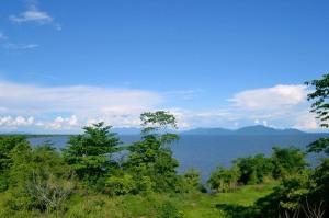 panorama indah dari bukit di pulau kumbang  by irwansyah SiMPANG MANDIRI PRODUCTION_resize