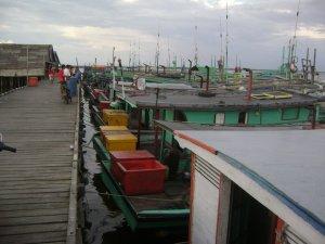 Pelabuhan Sebagai Tempat Sandar Kapal Nelayan Tanjung Satai