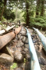 selang data kotor air bersih kku proyek gagal air bersih warta kayong melayu punye cerite