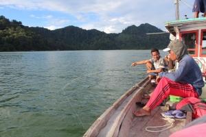 pariwisata--Indahnya Mancing Bersama di Lautan Kepulauan karimata mancing kayong tim tembakol