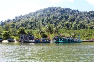 sumardi dan Pasukan Penjaga Pulau Penebang tahun 2014