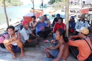 umardi dan Pasukan Penjaga Pulau Penebang crew mancing tembakol 2014