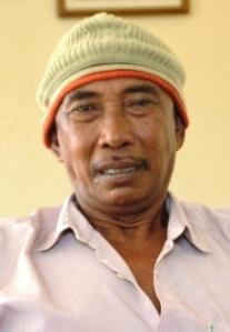 02-04-2014--Mahmud, tokoh masyarakat pulau Pelapis kecamatan Kepulauan Karimata