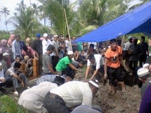 Foto-pemakaman bujang ramli tahun 2013 0004