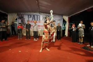 11251693_688065461323254_1054107652_nKPMKB utusan Kalbar di Malang Harumkan Nama Kalimantan Barat