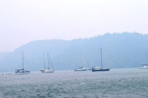 kapal yachter yang ikut memeriahkan acara festival karimata 2015 menyambut sail karimata 2016