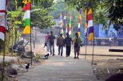 para tim jurnalis sedang mencari liputan pada festival karimata 2015 menyambut sail karimata 2016