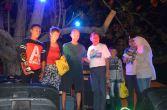 penyerahan hadiah lomba jukong race di festival karimata 2015 di desa betok menyambut sail karimata 2016