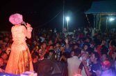 sajian hiburan pada acara festival karimata 2015 di desa betok menyambut sail karimata 2016
