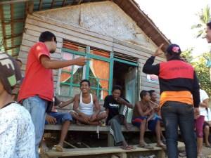 a interaksi dengan masyarakat pulau pelapis sail selat karimata